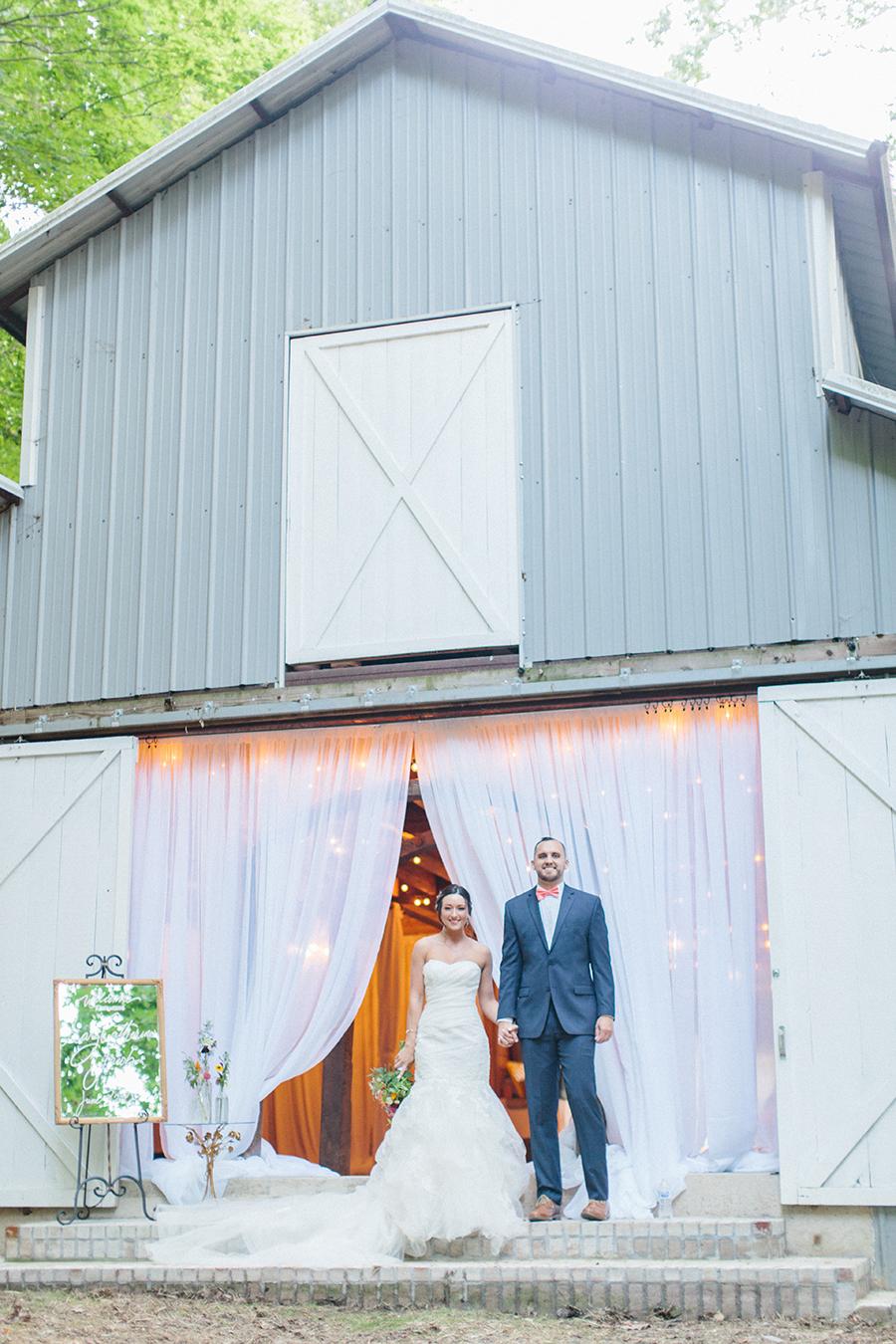 classy barn elegant wedding