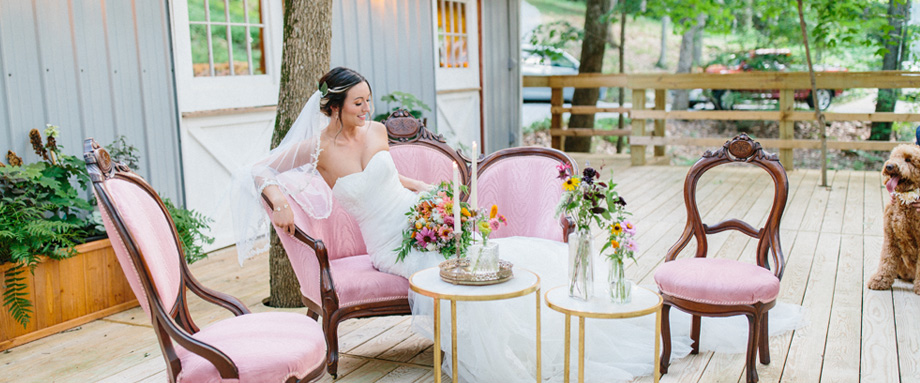 chattanooga outdoor wedding bride image with vintage furniture